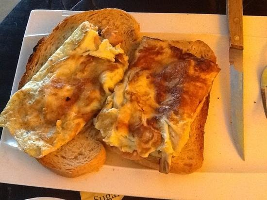 Troppo Co: Bacon mushroom and cheese omelette