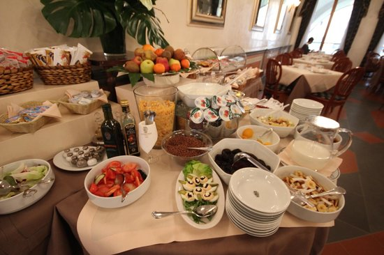 Hotel Degli Orafi: The incredible breakfast buffet