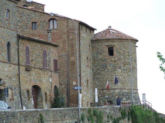Torre dei Serviti - Residenza d'Epoca: Hotel z zewnątrz