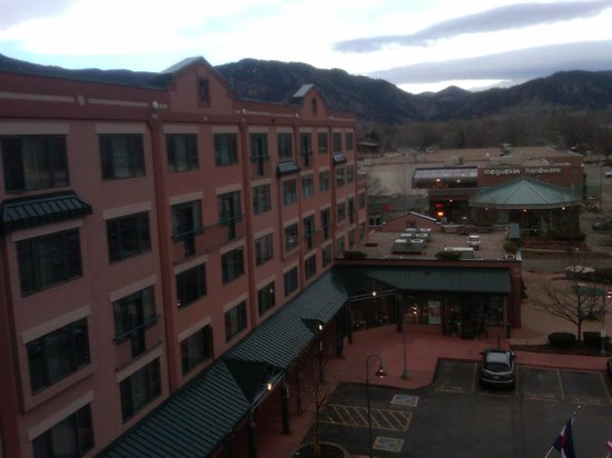 Boulder Marriott : View of Hotel Front from Concierge floor