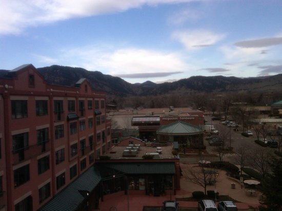 Boulder Marriott: View Of Hotel from Concierge floor