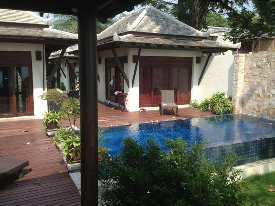 Thai Island Dream Estate: 3 bed beach villa