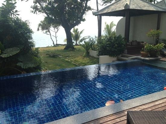 Thai Island Dream Estate: pool in the villa