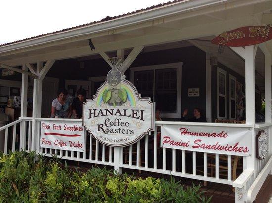 Hanalei Coffee Roasters: Outside
