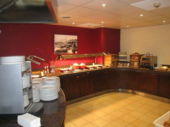 Hilton Sheffield: Breakfast area