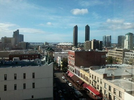 Gaslamp Plaza Suites: rooftop view