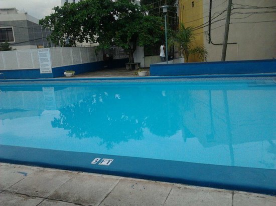 Liguanea Club : I always have the whole pool to myself