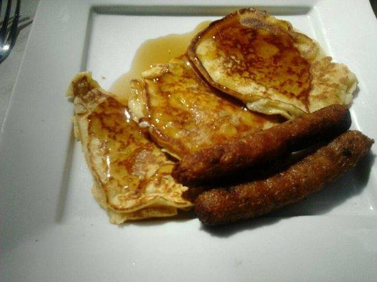 Pancakes at Liguanea Club