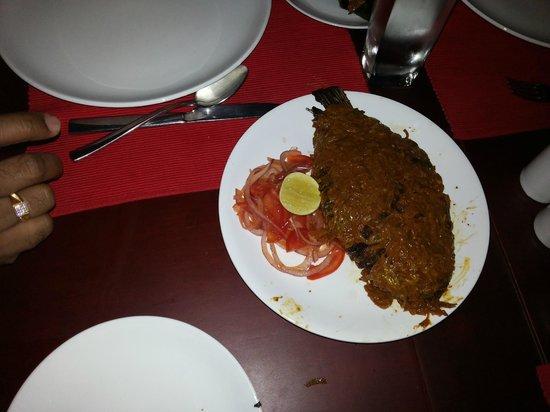 อิโลนาเลค รีสอร์ท: Kareemeen fish....Speciality of Vembanadu lake, Alleppey