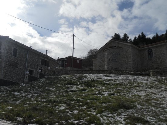 O Tholos: view of the guest house!