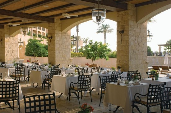 Elysium Hotel: Lemonia Piazza Restaurant