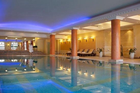 Elysium Hotel: Indoor Swimming Pool