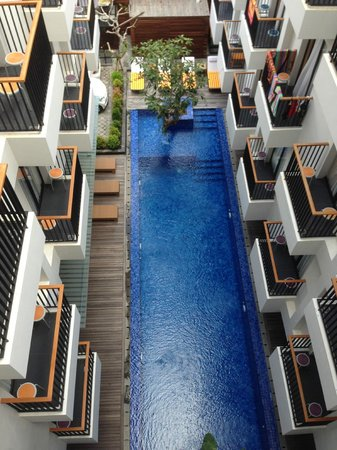 PING Hotel Seminyak Bali: Ping Hotel Pool from the rooftop