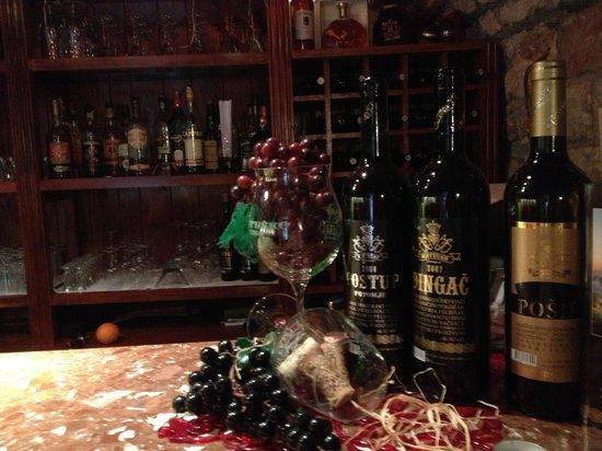Ambassador wine & coffe: getlstd_property_photo