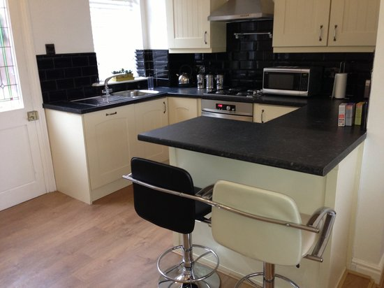 Yarm Apartments: The cottage kitchen
