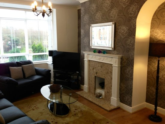 Yarm Apartments: The cottage lounge area