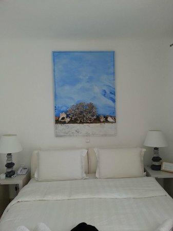 Rocabella Mykonos Art Hotel & SPA: Love this artwork!