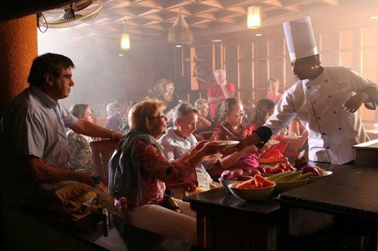 Greenwoods Resort : Daily Cooking Demonstrattion