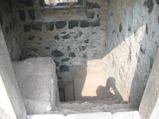 Janjira (Kasa) Fort: secrete tunnel from fort to Rajapuri