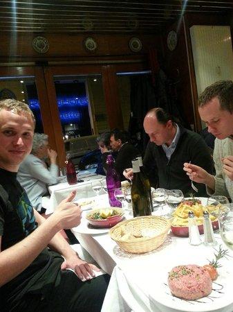 Le Lyonnais: Five of us enjoying a dinner here