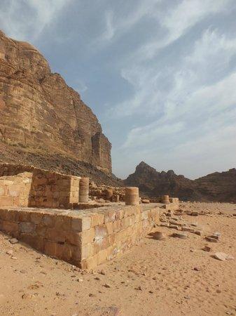Wadi Rum Full Moon Camp: Nabutean temple