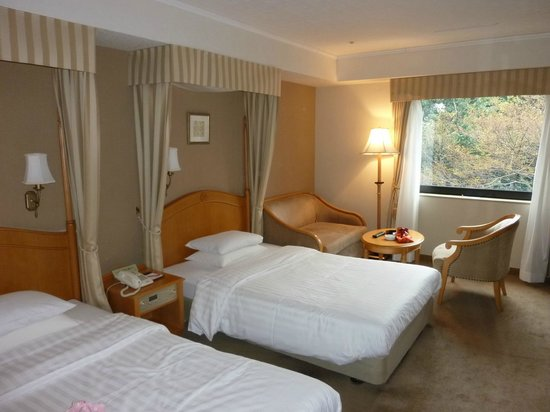 Kanazawa Hakuchoro Hotel Sanraku : SDTツイン(3F)