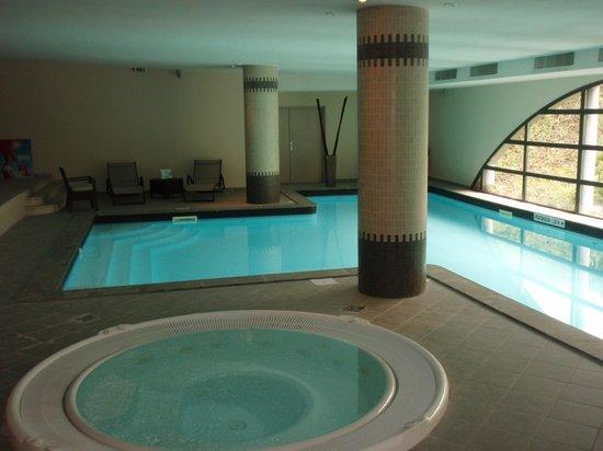 Hotel Parc Beaumont: jacuzzi