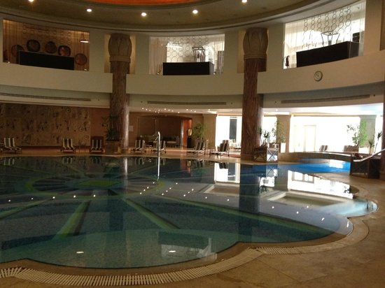 JW Marriott Hotel Cairo: View from Gym side to the pool