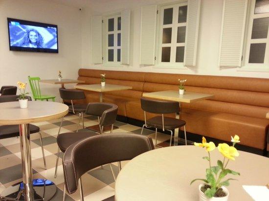 Embassy Hotel Tel Aviv: dining area