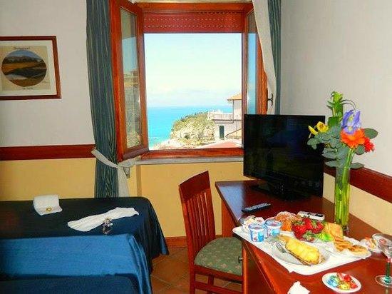 Hotel & Spa La Porta Del Mare - Prices & Reviews (Tropea, Italy ...