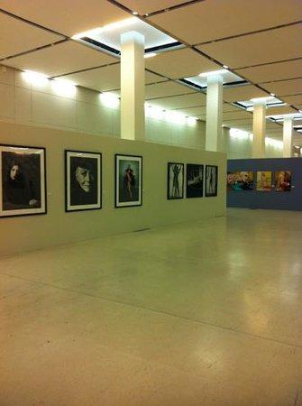 Manezh Central Exhibition Hall : выставочный зал