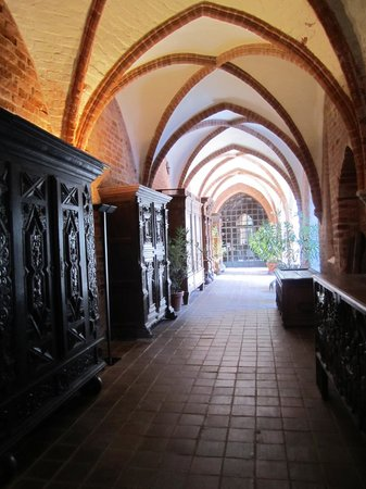 Kulturhistorisches Museum Stralsund: Vaulted ceiling of the ancient abbey