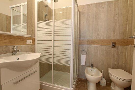 B&B Sicilio: batroom
