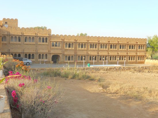 Himmatgarh Palace: Hotel