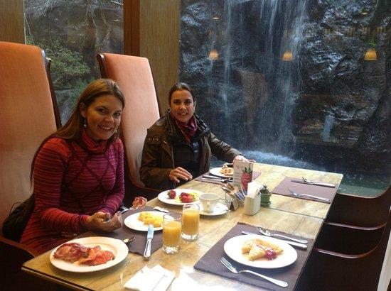 The Grand Daegu Hotel: Restaurant, desayuno