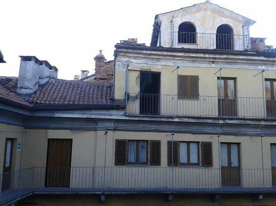 Dogana Vecchia : la vista dalla finestra sul cortine interno