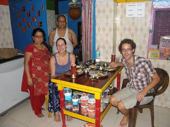 Monu Family Paying Guest House: Tahli koken