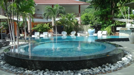 Le Duc de Praslin : Pool in the hotel
