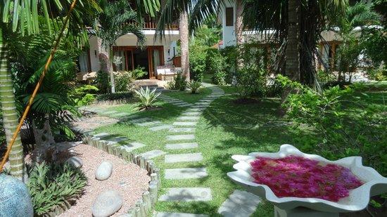 Le Duc de Praslin: Garden