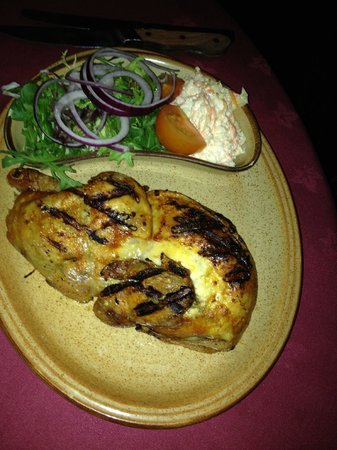Chop & Ale House: Chargrilled Chicken Main Meal with salad & coleslaw