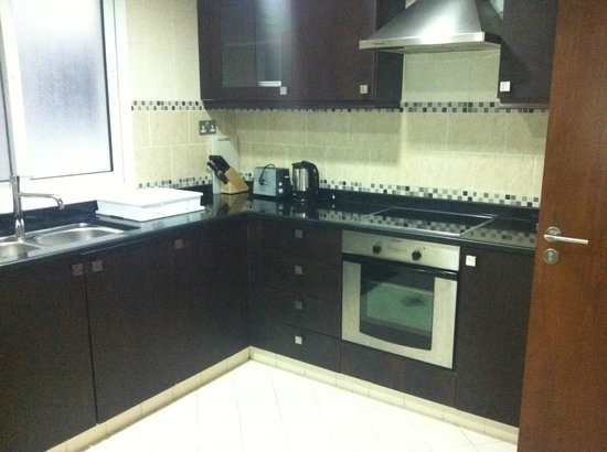 Rose Garden Hotel Apartments - Al Barsha : Full Kitchen