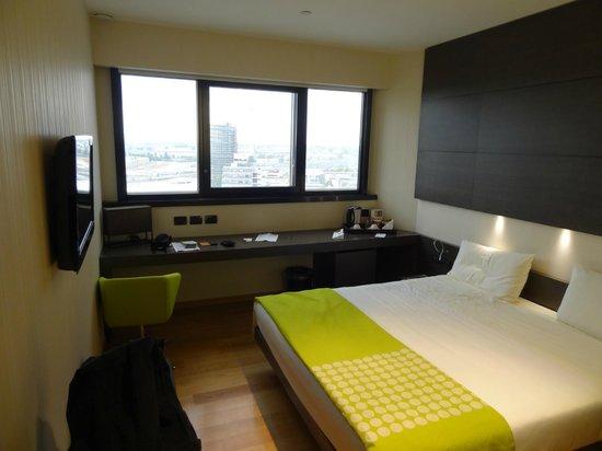 The Hub Hotel: Room