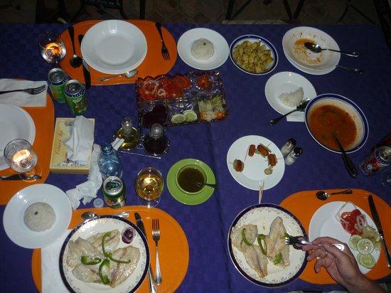 Hostal Maria y Enddy: Abendessen