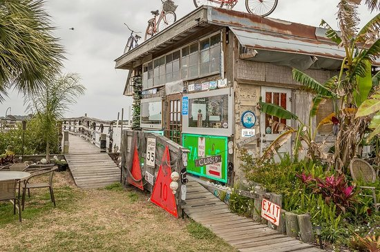 Low-Key Hideaway: The Hideaway Tiki Bar