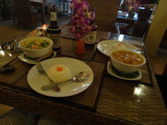 At Kamala Hotel : super lecker Thaifood