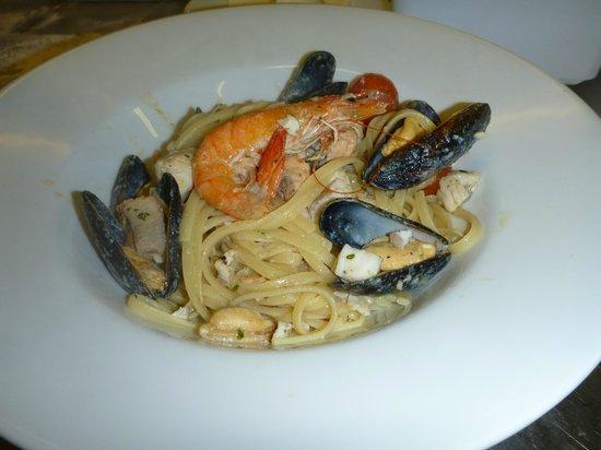 Fratelli: Seafood Tagliatelle