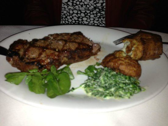 Shula's Steak House - Center Valley: 16oz New York Strip Steak (with Yorkshire Pudding from Prime Rib)