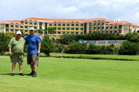 Melia Las Americas: Vu de l'hôtel du terrain