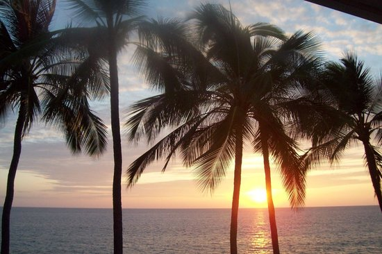 Kona Magic Sands: Beautiful Sunsets