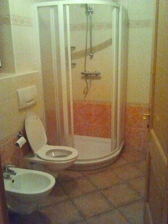 Chalet La Gualt: Bathroom
